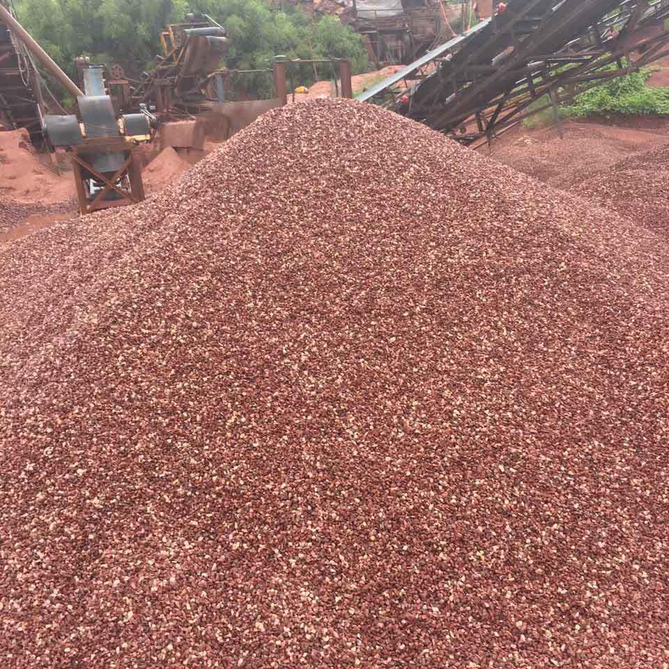 鸡血红石子生产基地