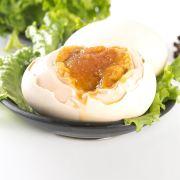 五香流油鸭蛋