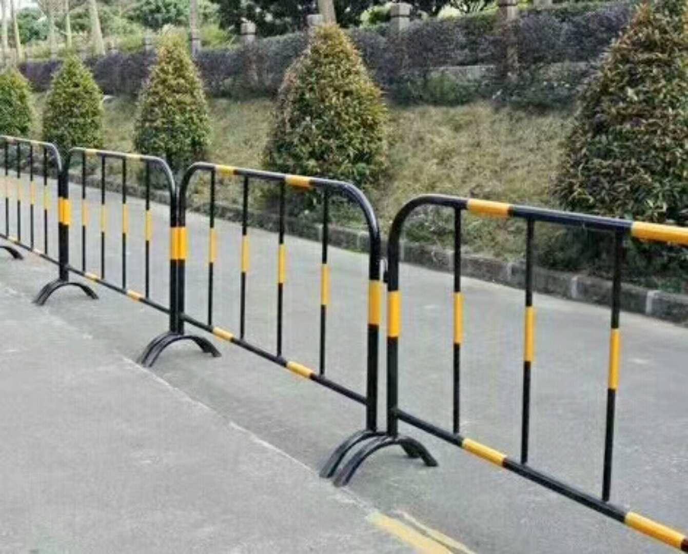 铁马防护栏