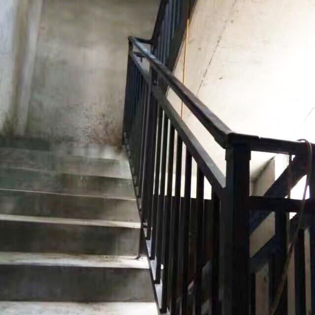 河南楼梯护栏_楼梯护栏专卖郑