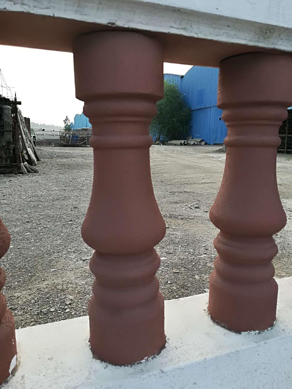 Cement vase post