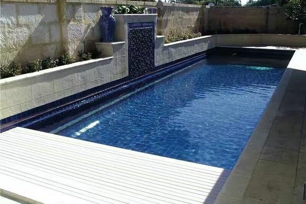 游泳池移动盖板