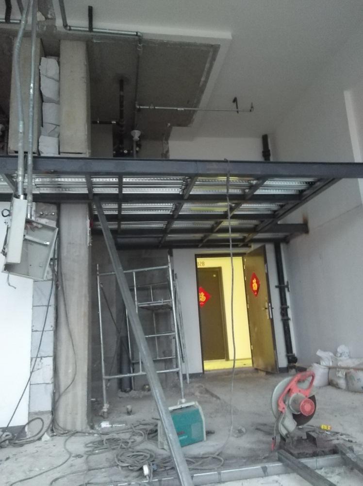 LOFT公寓二层间隔