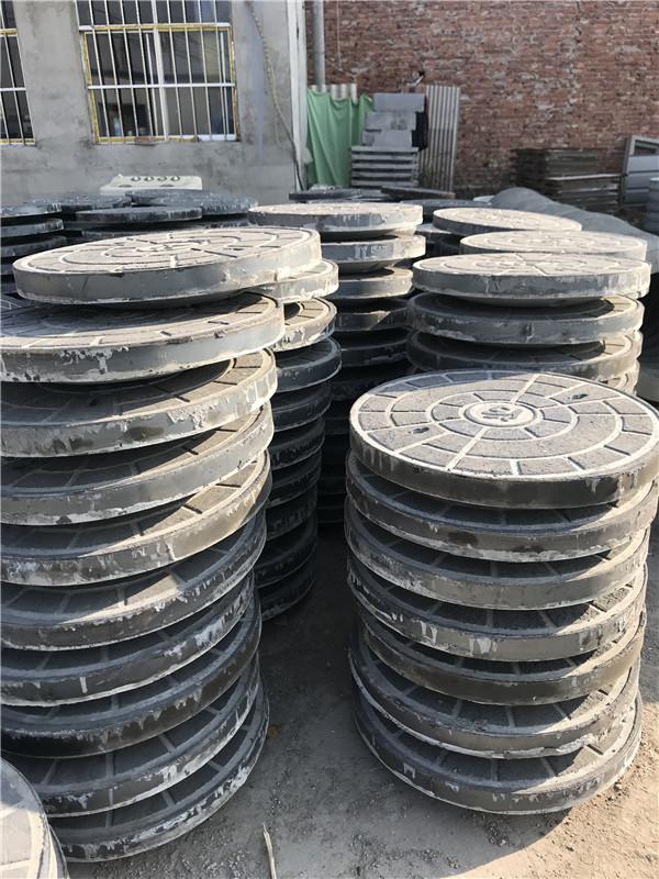 水泥井盖生产厂