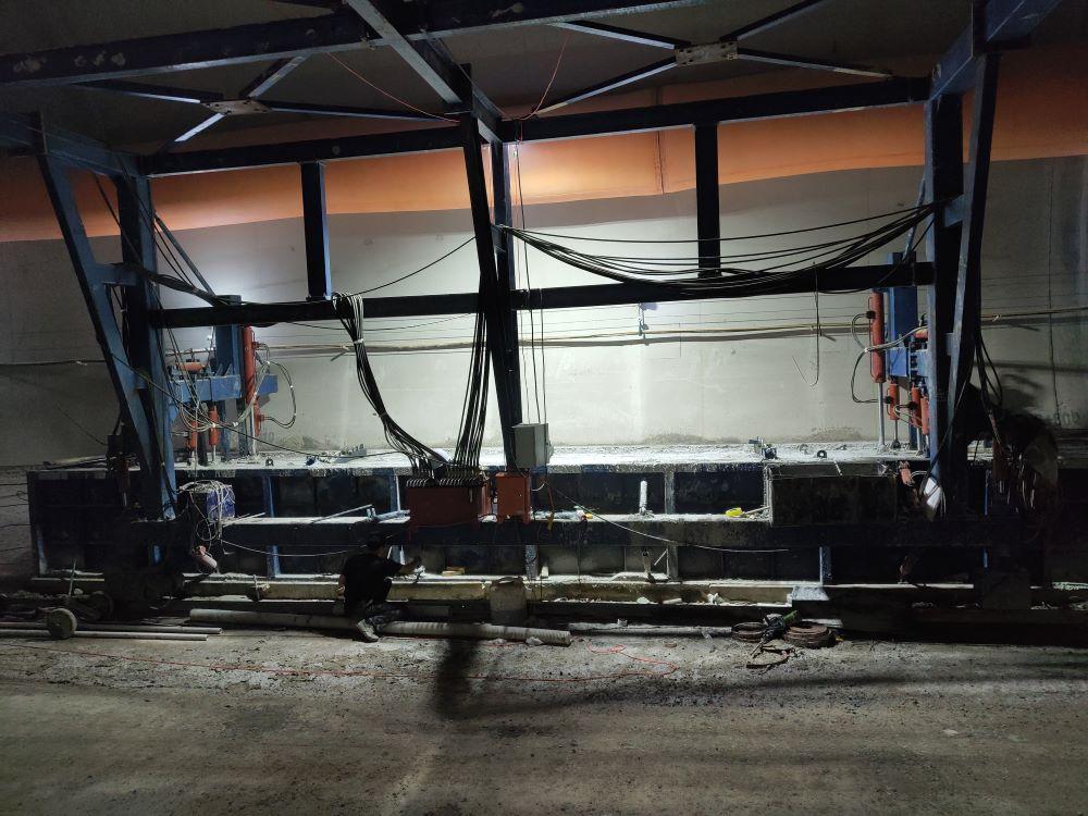 水沟电缆槽台车模板;行走台车模板;水沟电缆槽台车价格