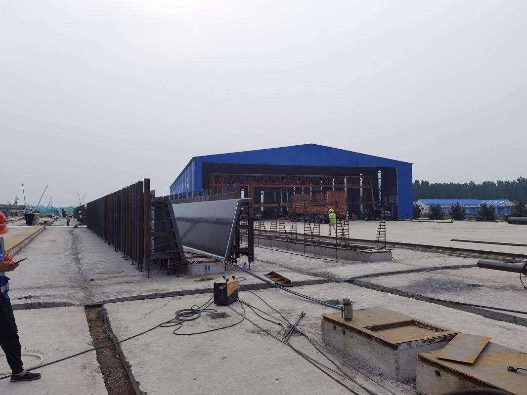 T型梁钢模板 / 路通桥梁模板/河北唐山路通桥梁模板公司