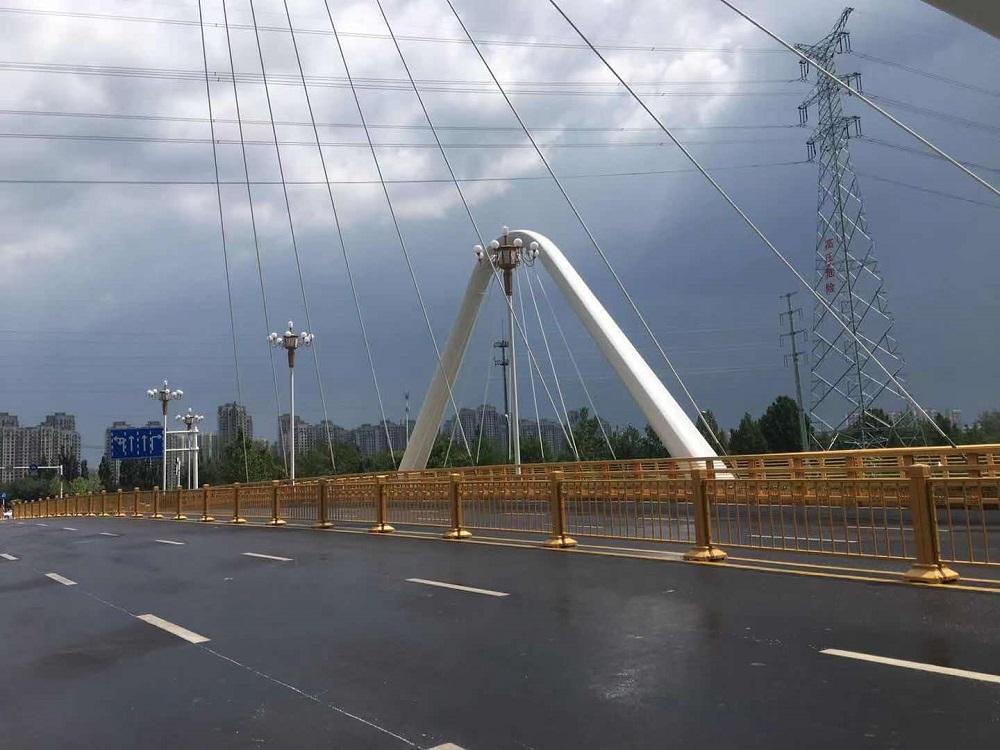 异型钢结构/路通桥梁