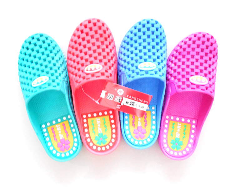 PVC拖鞋厂家——新乐康盛鞋业新网站上线啦