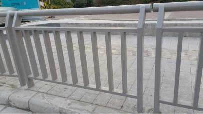 郑州市政护栏