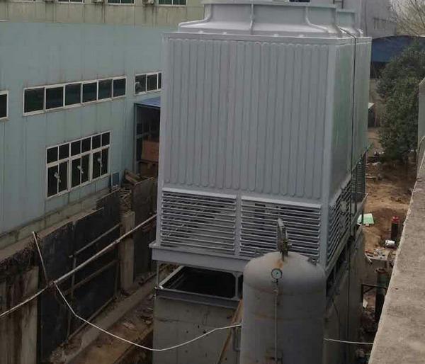 玻璃钢逆流冷却塔600吨