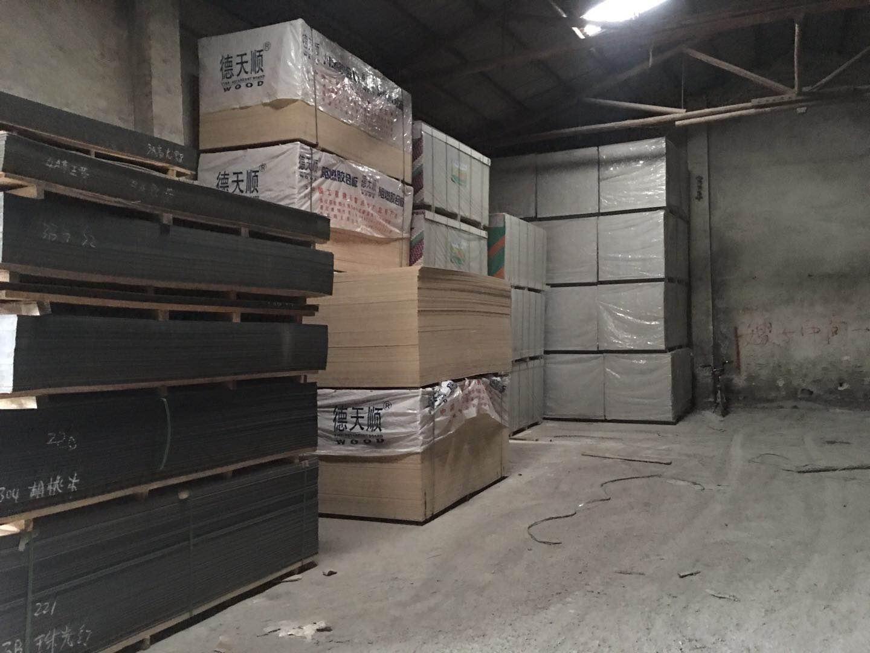 铝塑板仓库