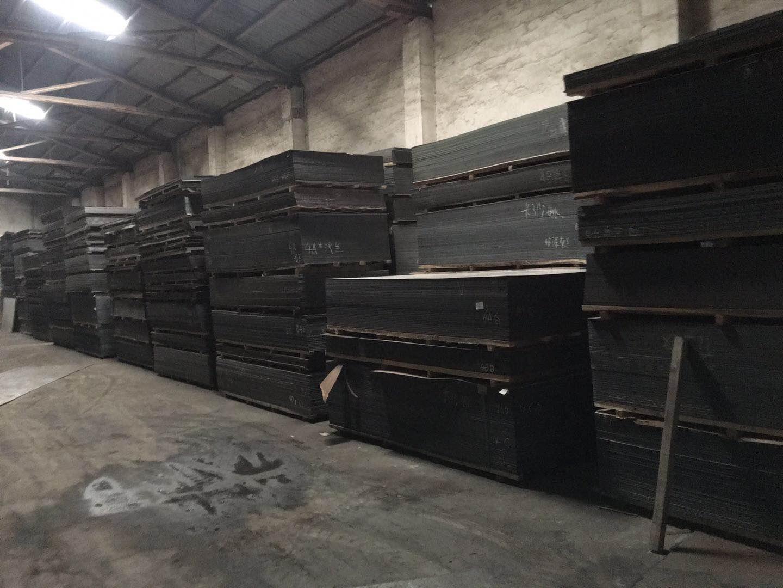 杰博存放铝塑板的仓库