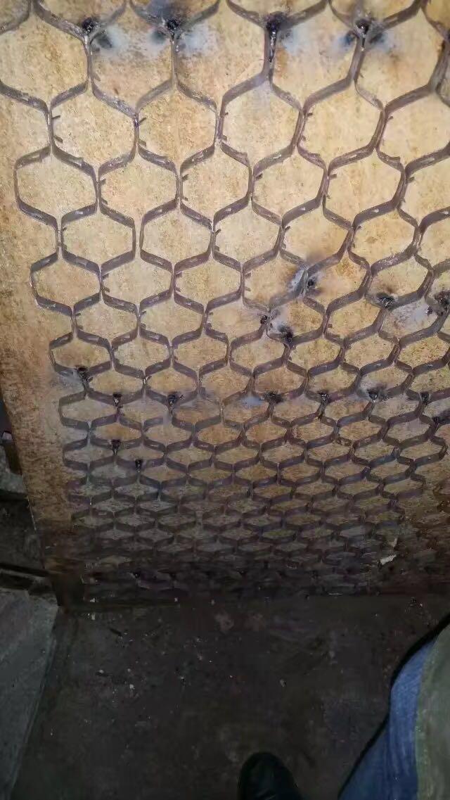 制粉系统及烟道龟甲网
