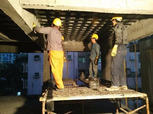 楼板炭纤维加固