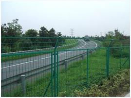 高速公路护栏网案例
