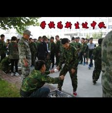 师生军民共度中秋佳节