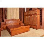大床3件套+頂箱柜一
