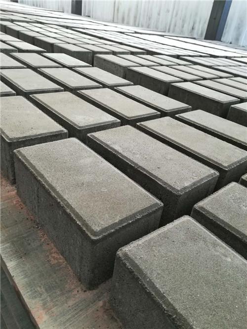 面包砖生产厂